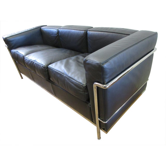 Mid-Century Modern Cassina Le Corbusier Lc2 3-Seat Sofa For Sale - Image 3 of 12