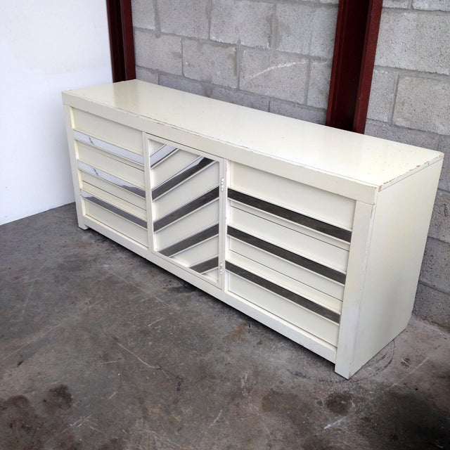 Contemporary Vintage Chrome & White Lacquered Dresser For Sale - Image 3 of 5