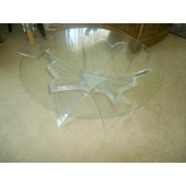 Mid-Century Thick Lucite Flower Base & Glass Coffee Table For Sale - Image 4 of 4