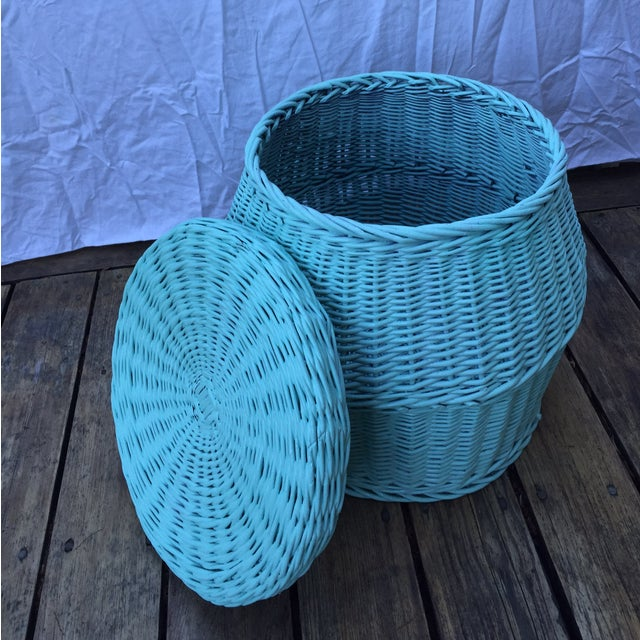 Vintage Turquoise Lidded Wicker Basket - Image 4 of 10