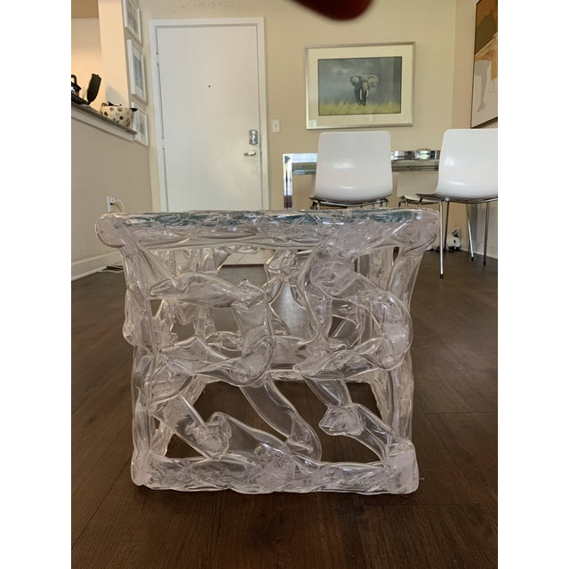 Hollywood Regency Tony Duquette Acrylic Ribbon End Table For Sale - Image 3 of 6