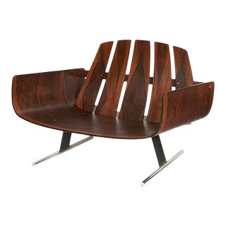 Brazilian Rosewood Lounge Chair by Jorge Zalszupin For Sale