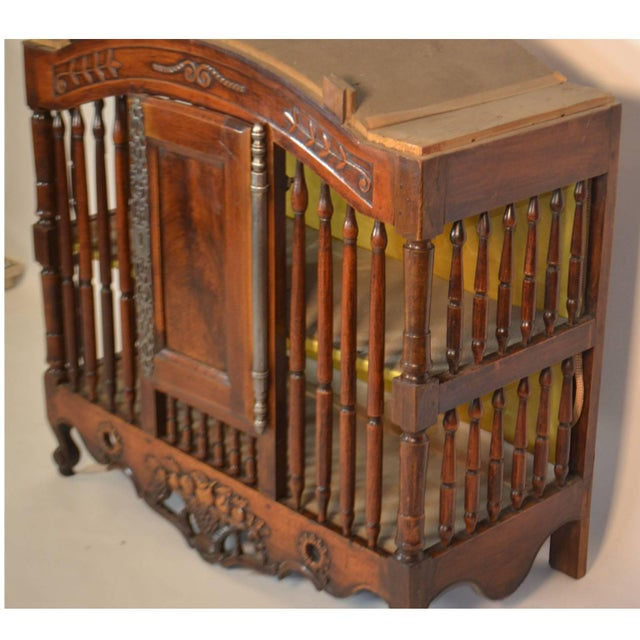 18th century Pannetiere in walnut from Provence, circa 1760. This piece is decorated with rare long key plates and hinges...