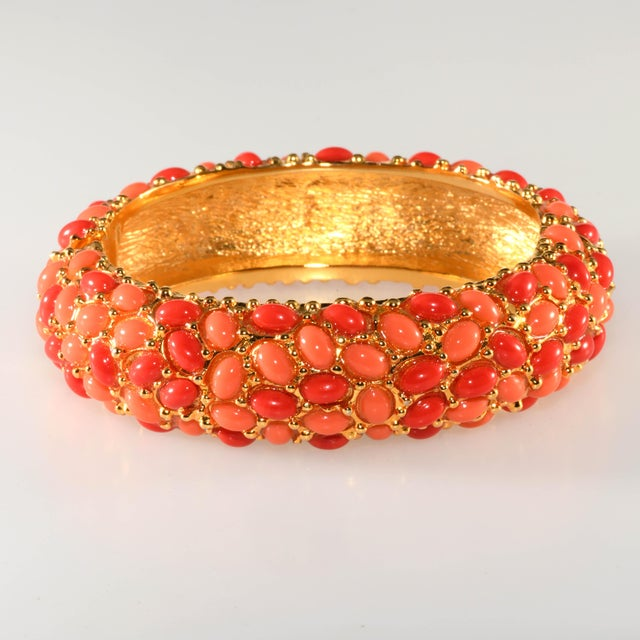 2000 - 2009 Kenneth Jay Lane Coral Glass Cabochon Hinged Bangle Bracelet For Sale - Image 5 of 5