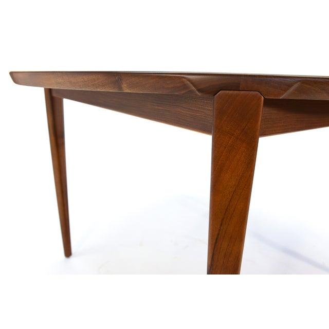Rosengren Hansen Round Walnut Dining Table - Image 4 of 9