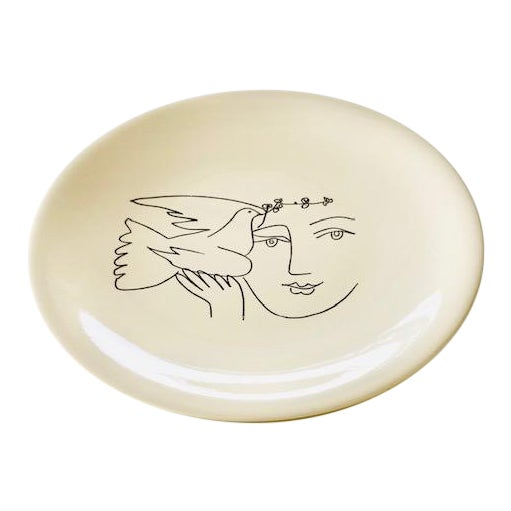 1960s Picasso Plates From Dove of Peace Series - a Pair For Sale