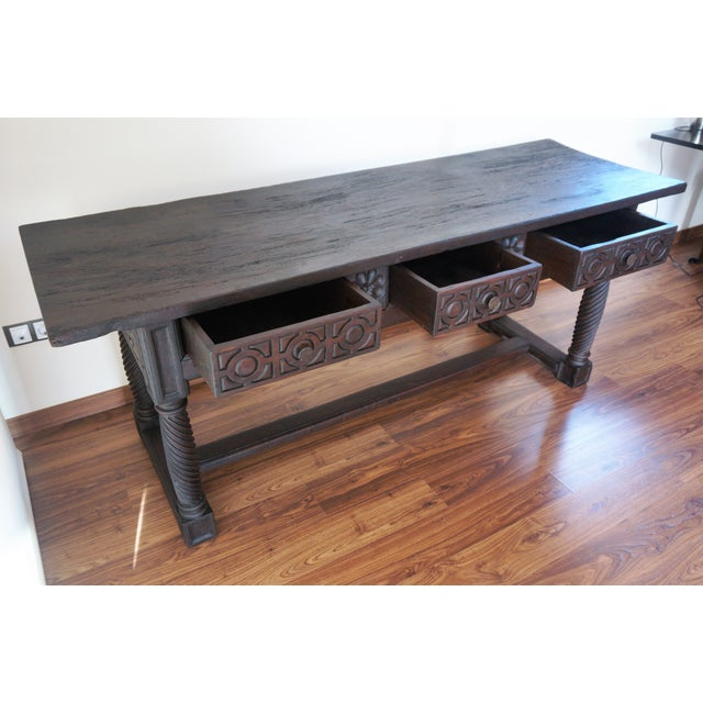 18th Spanish Baroque Carved Walnut Refectory Table For Sale In Miami - Image 6 of 10