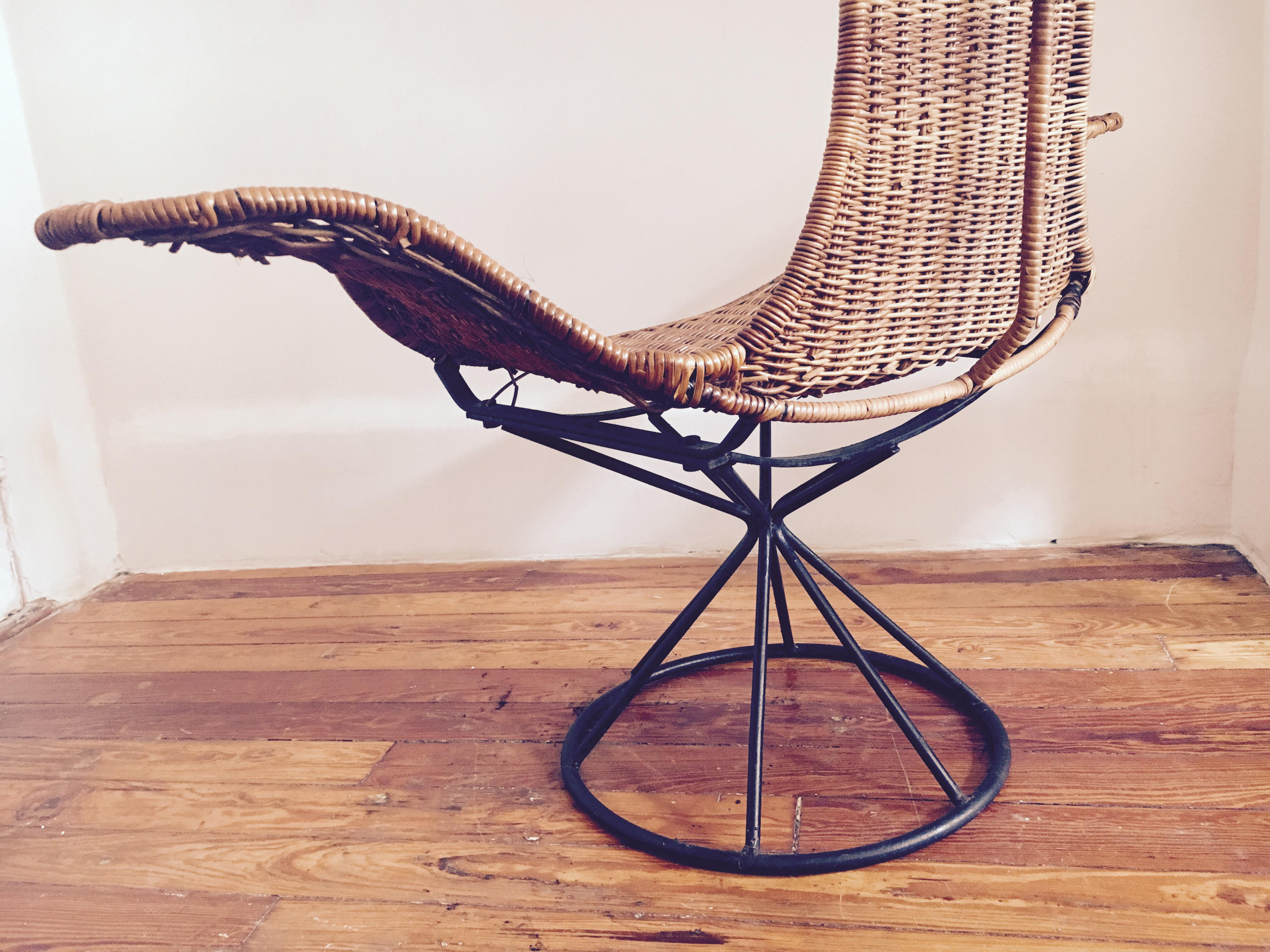 Laverne Mid Century Modern Wicker Tulip Lounge Chair   Image 9 Of 11