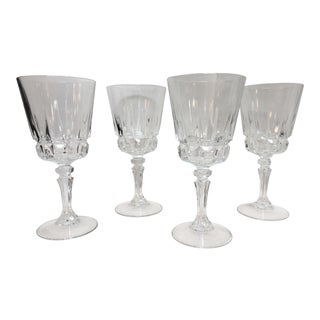 1970s Classic Wine Glasses - Set of 4 For Sale