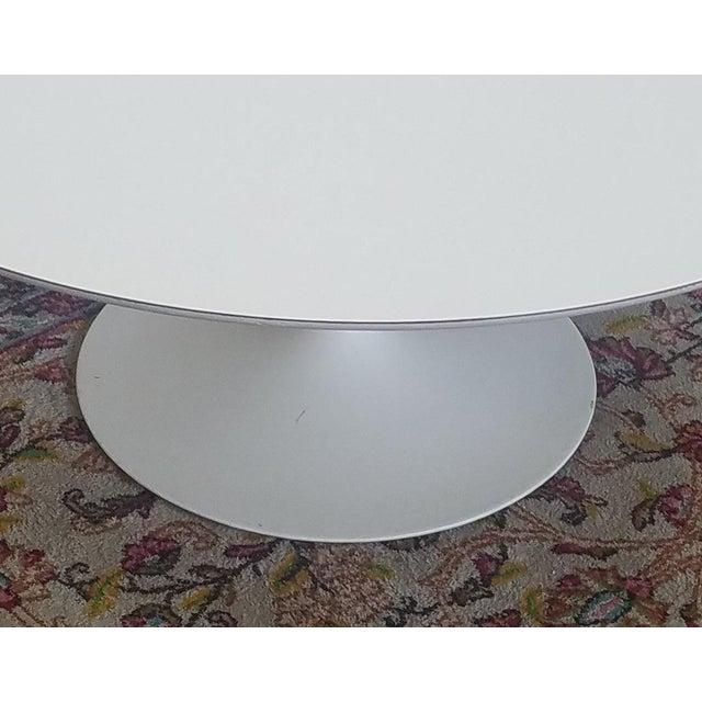 Vintage Mid-Century 1960s Early Knoll Associates Park Ave Eero Saarinen White Laminate Tulip Coffee Table - Image 10 of 11
