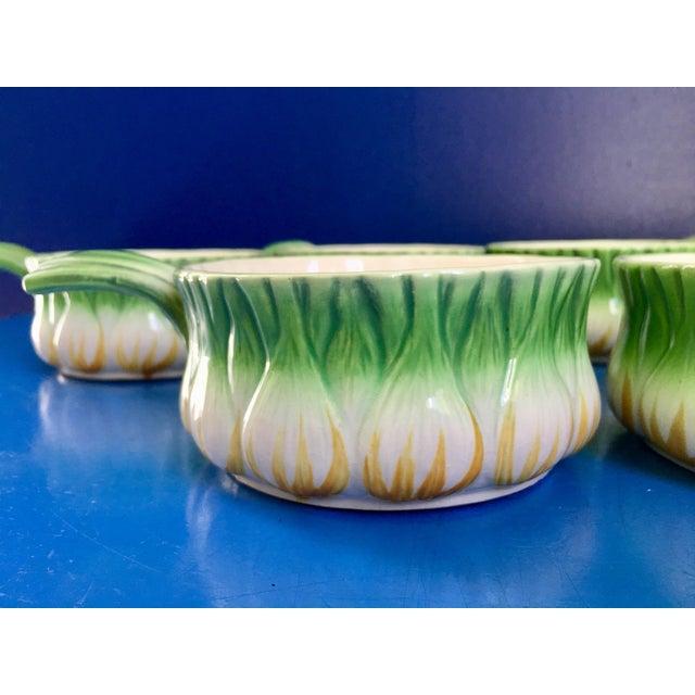 Mid-Century Modern Vintage Georges Briard l'Oignon Soup Bowls- Set of 6 For Sale - Image 3 of 12