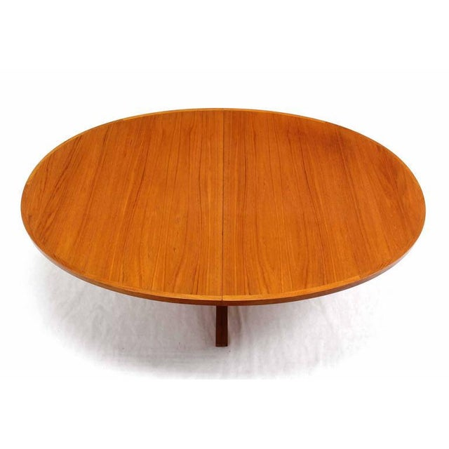 Danish Modern Danish Mid Century Modern Teak Dining Table with Two Leaves For Sale - Image 3 of 5