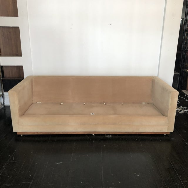 Cream 1960s Mueller Widdicomb Plinth Base Sofa For Sale - Image 8 of 13