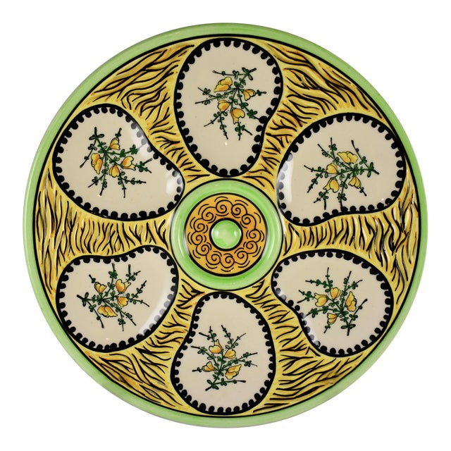 French Faïence Fouillen Quimper Floral Oyster Plate For Sale