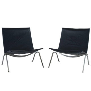 Pair of Poul Kjaerholm PK 22 Lounge Chairs by Fritz Hansen For Sale