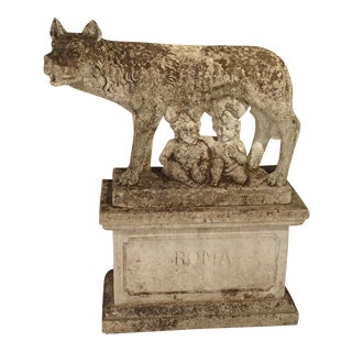 Antique Statue of the Capitoline Wolf of Rome, Carved Pietra di Vicenza Stone, Circa 1910 For Sale