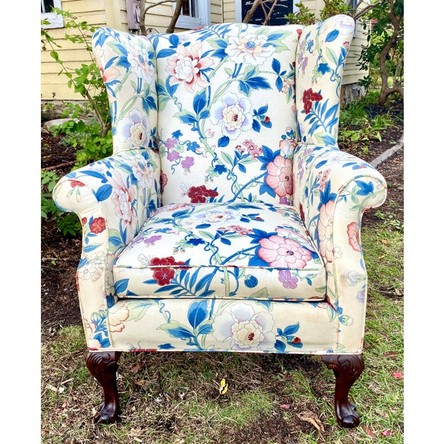 Large Scale English Wingback Chair in Peony Chintz For Sale In New York - Image 6 of 13