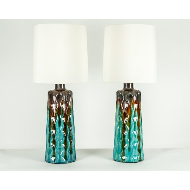 Vintage Mid-Century Modern Glazed Porcelain Table Lamps - a Pair For Sale - Image 9 of 10