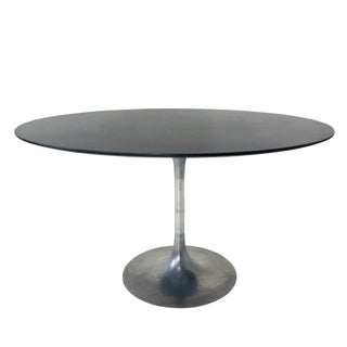 Early Knoll Tulip Base With Oval Top For Sale