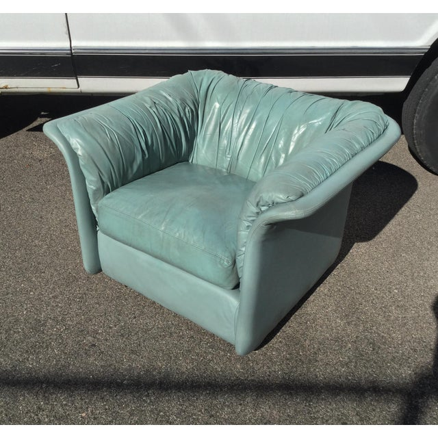 1980s Contemporary Light Blue Leather Hickory Nc Club Chair For Sale - Image 13 of 13