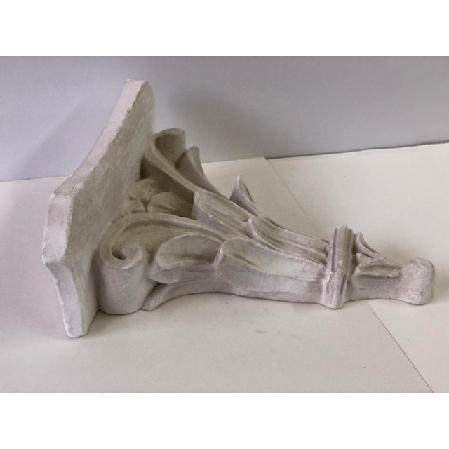 Neoclassical White Acanthus Carved Plaster Wall Bracket For Sale - Image 4 of 12