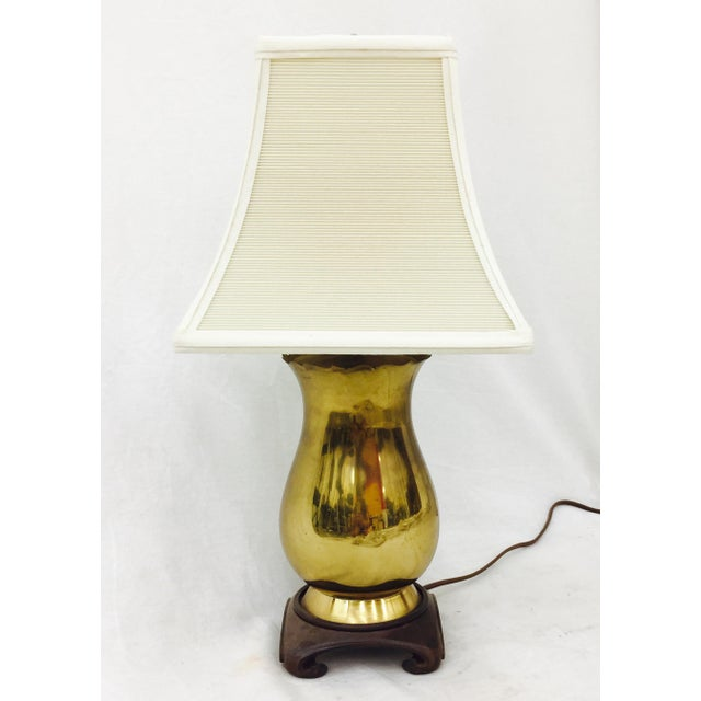 Vintage Brass & Wood Base Table Lamp For Sale - Image 5 of 6
