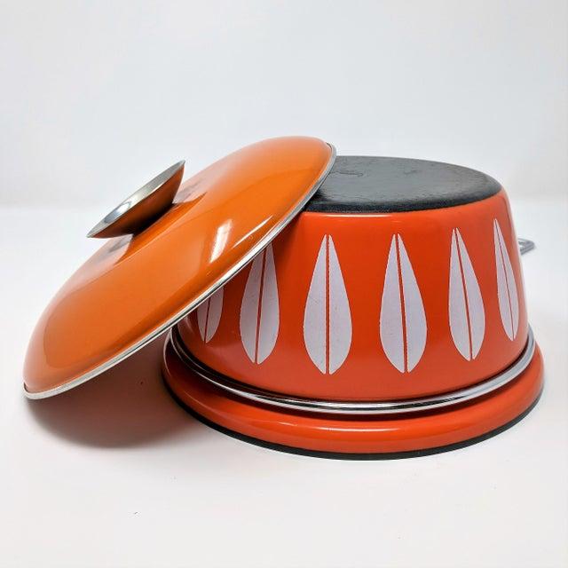 1960s 1960s Scandinavian Modern Catherineholm Enamel Lotus Sauce Pan For Sale - Image 5 of 11