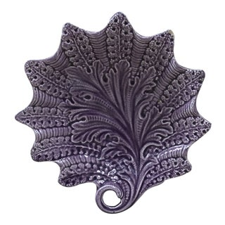 Rare French Majolica Purple Dish Leaf Onnaing, Circa 1890 For Sale