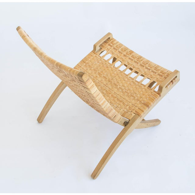 Pair of Oak and Cane Folding Lounge Chairs by Hans Wegner for PP Møbler For Sale - Image 9 of 11