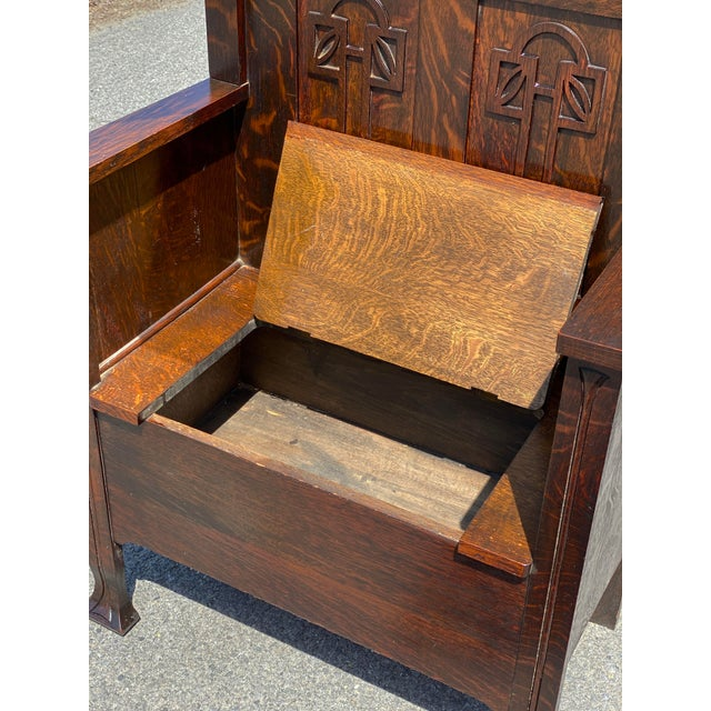 Antique Arts & Crafts Quartersawn Oak Carved Hall Tree Bench W/ Mirror For Sale - Image 6 of 13