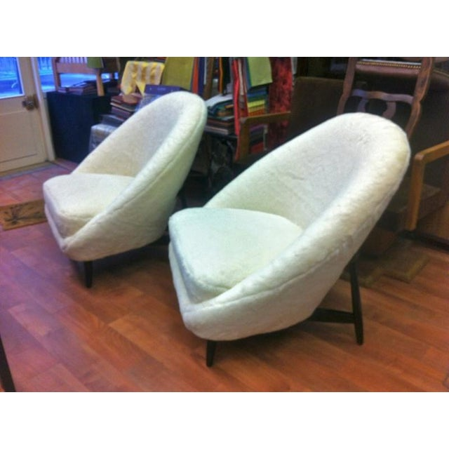 Theo Ruth for Artifort, 1950s Chairs, Newly Reupholstered in Wool Faux Fur For Sale - Image 6 of 6