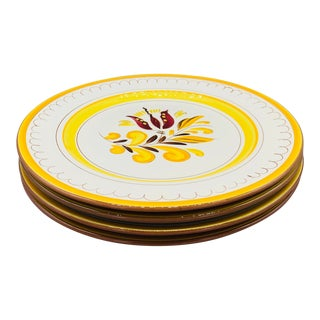 1960s Yellow Stangl Pottery Provincial Dinner Plates - Set of 4 For Sale