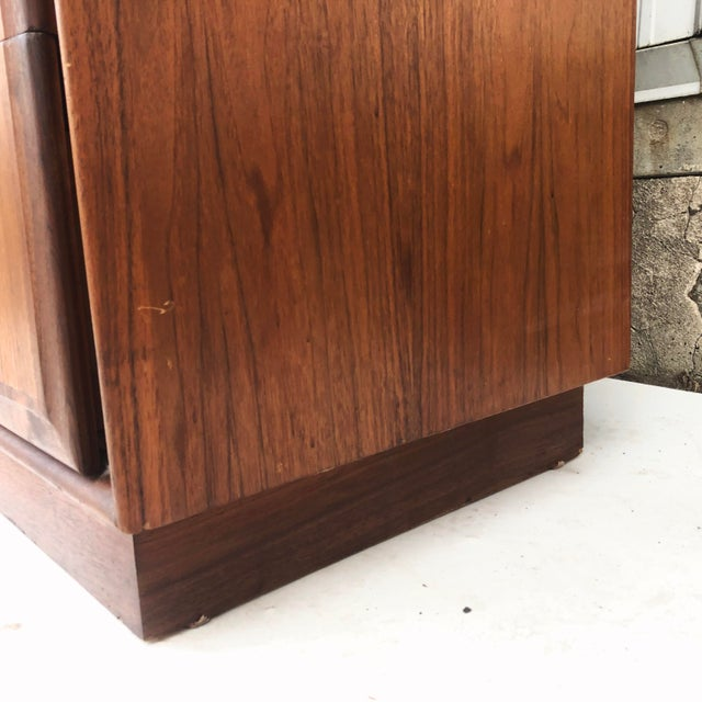 Mid-Century Armoire Dresser by Dillingham For Sale - Image 10 of 12