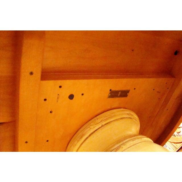 Woodland Aberdeen Pedestal Table - Image 5 of 7