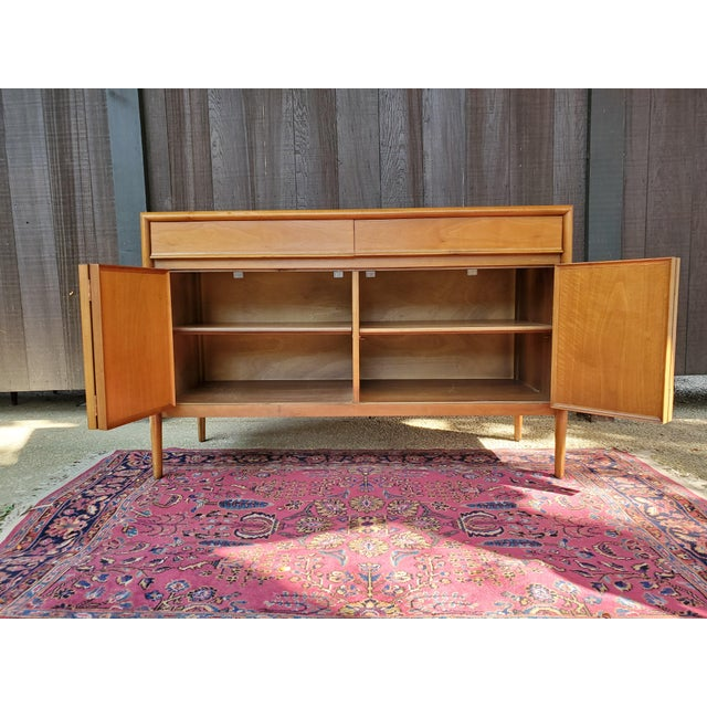 Glass Drexel Mid-Century Modern Parallel Credenza For Sale - Image 7 of 13