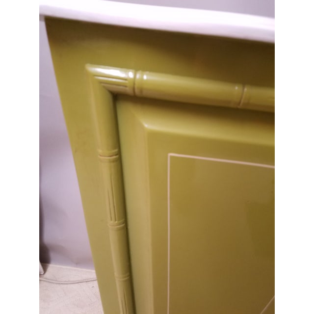 Palm Beach Regency Lime & White Painted Wood Sculpture Pedestal or Plant Stand With Faux Bamboo Trim - Image 3 of 8