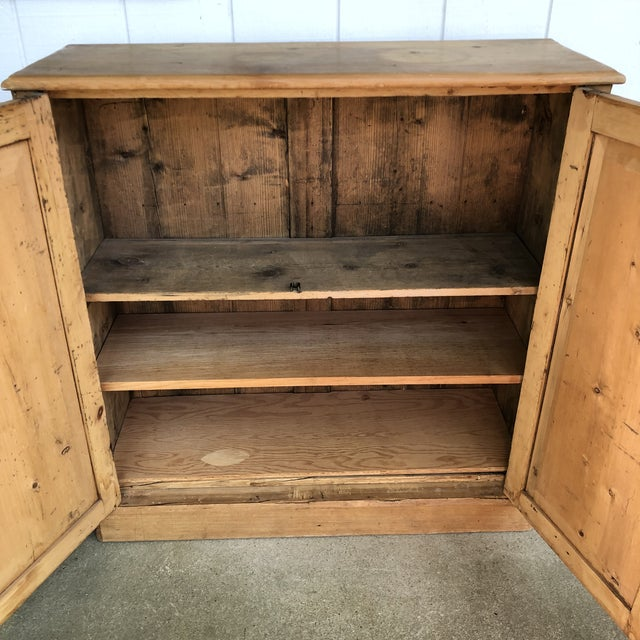 Antique 19th Century Pine Wall Cabinet
