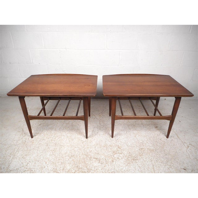 Mid-Century Modern Surfboard Side Tables by Bassett Furniture Co., a Pair For Sale - Image 3 of 13