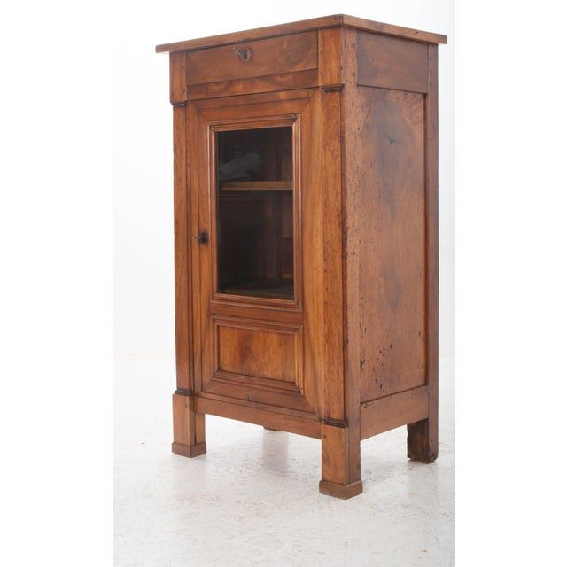French 19th Century Walnut Vitrine - Image 7 of 10
