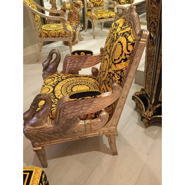 1960s Vintage Gianni Versace Black Gold Upholstery Throne Swan Chair For Sale - Image 11 of 13