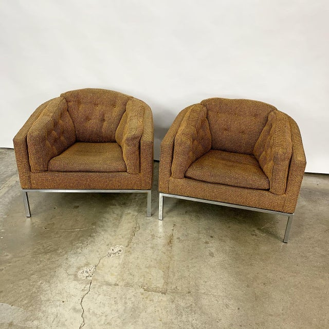 Modern Pair of Modern Club Chairs Designed by Jules Heumann For Sale - Image 3 of 11