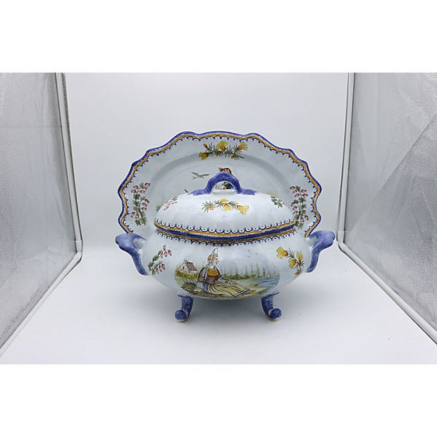 Ceramic French Quimper Bouillabaisse Tureen & Platter For Sale - Image 7 of 7
