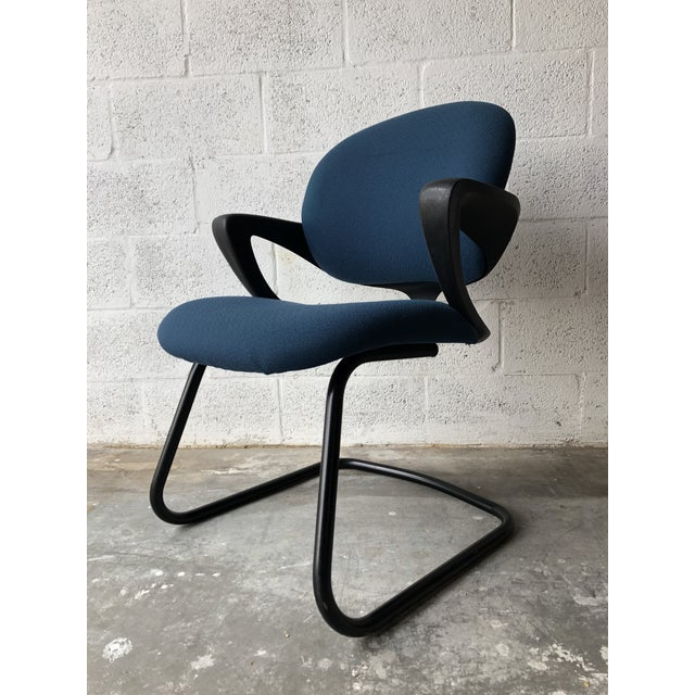 1990s Vintage 1990s Herman Miller Avian Sled Base Side Chairs (A Pair) For Sale - Image 5 of 13