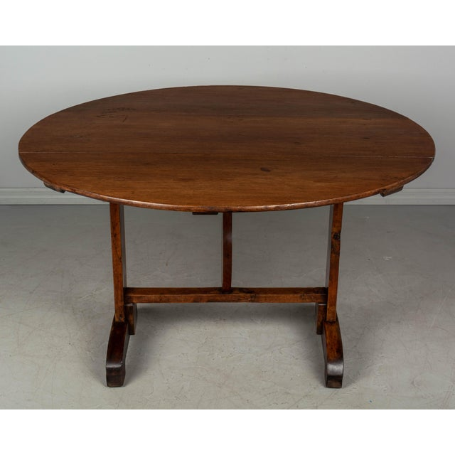 19th C. French Wine Tasting Table or Tilt-Top Table For Sale - Image 9 of 12