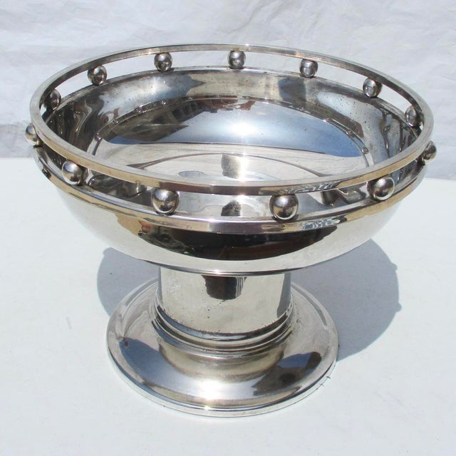 Larry Laslo Designs for Creative Gifts. Silverplate center bowl with high pedestal foot. Great looking model in a very...