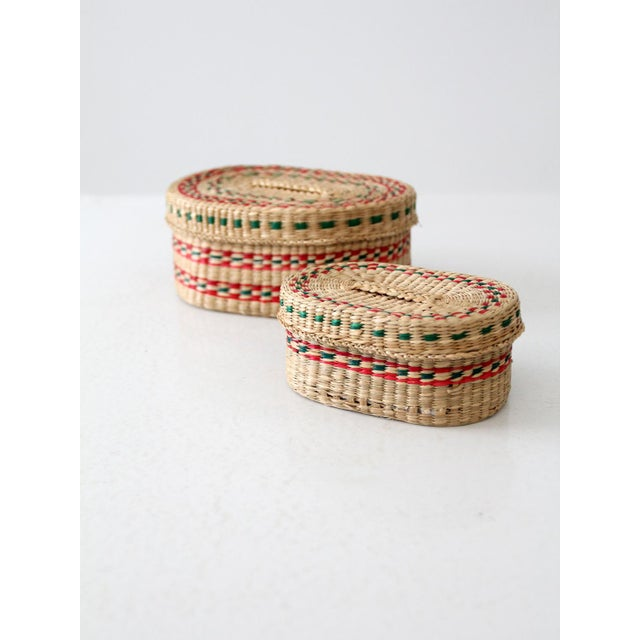 Vintage Sweetgrass Baskets - a Pair For Sale - Image 5 of 8