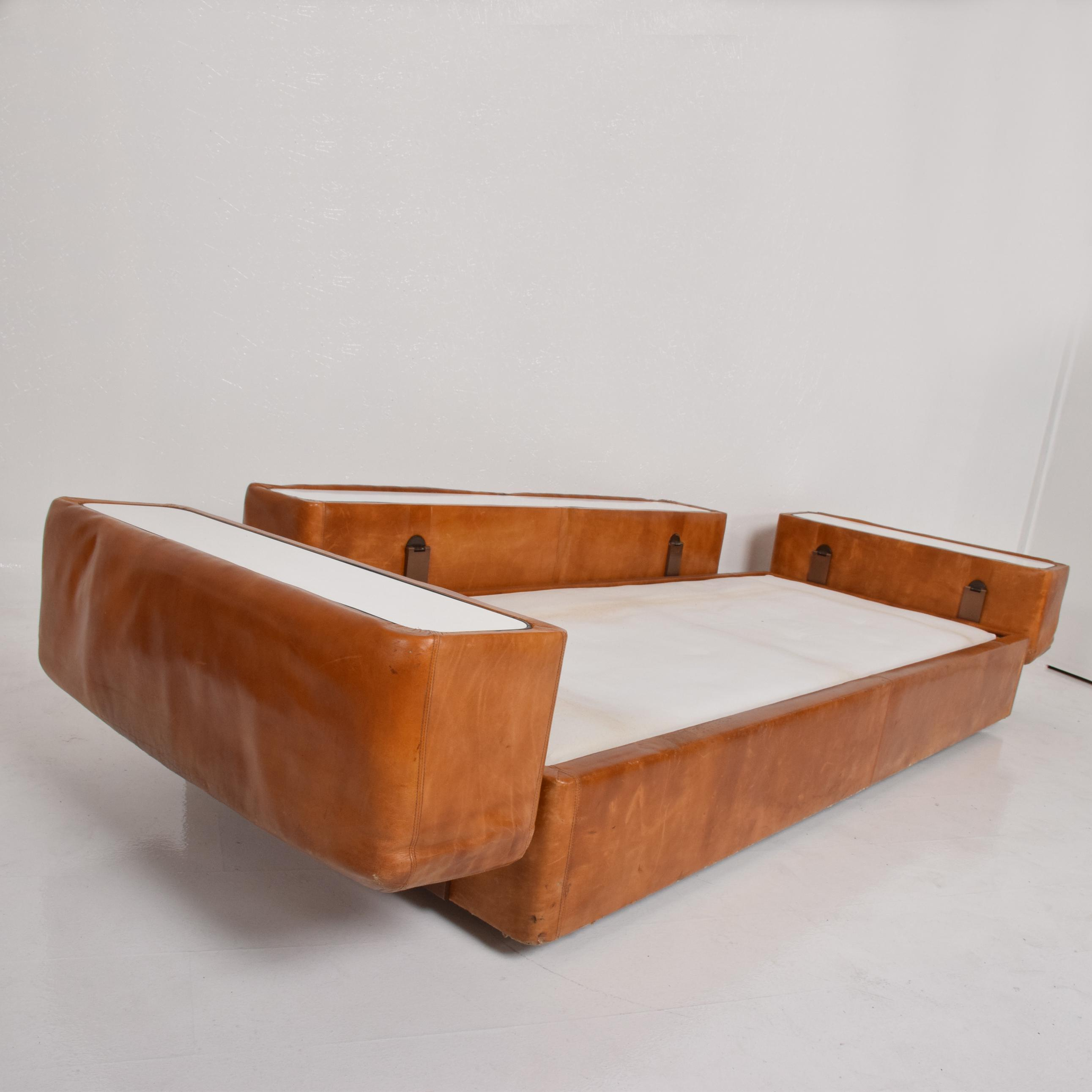 Mid Century Modern Italian Leather Sofa Bed For Sale   Image 9 Of 11