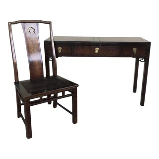 White Fine Furniture Chinoiserie Style Desk and Chair For Sale