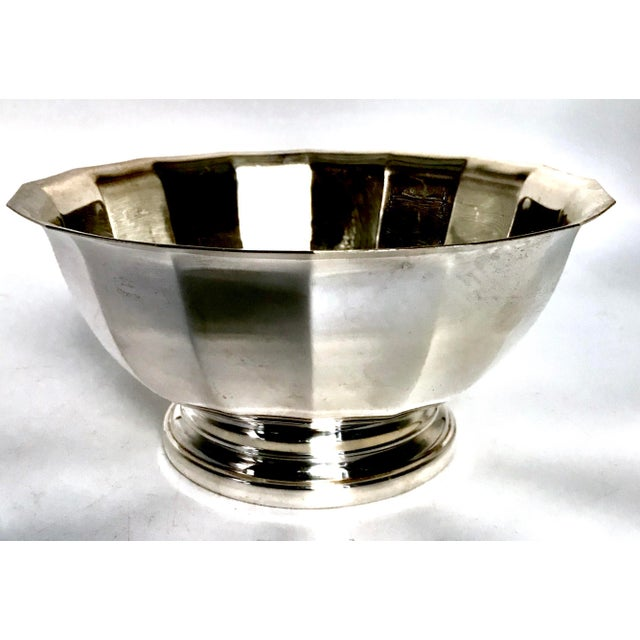 Gorgeous Gorham Silver Plate Fluted Bowl catches light beautifully. Wonderful vintage shape with just a few surface...