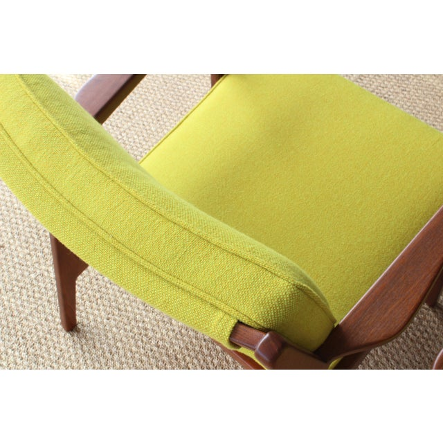 Jens Risom Armchairs, U.S.A, 1960s - a Pair For Sale In Los Angeles - Image 6 of 10